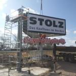 Stolz_Werbeturm_Montage